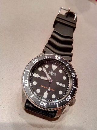 reloj Seiko skx007 más 4 correas