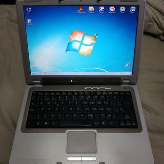 """Mini portátil 12,1"""" ADL Smartbook Win7"""