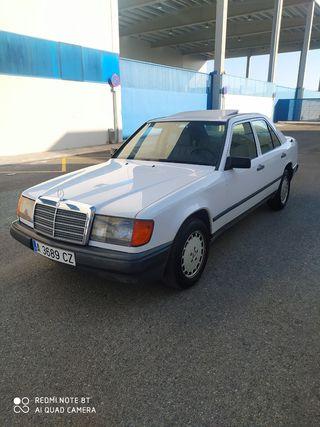 Mercedes-Benz 300d 1990