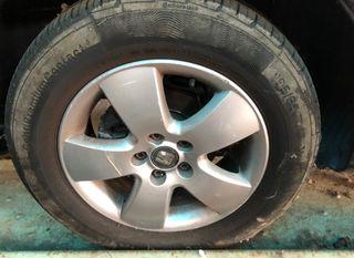 Neumáticos con llanta