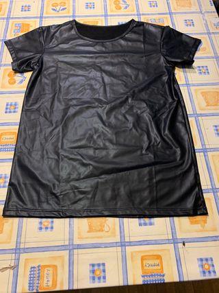 Camiseta imitacion cuero