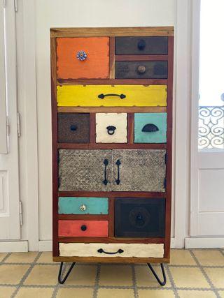 Armario de Madera / Wooden Cupboard