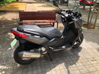 YAMAHA 125cc xmax