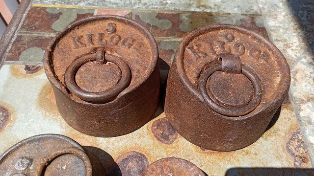 Antiguo juego de 5 pesas hierro