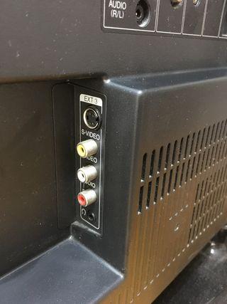 Televisor LCD Sharp 32 pulgadas