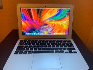 "MacBook Air 11"" Intel i5, 8GB RAM, 256 SSD"