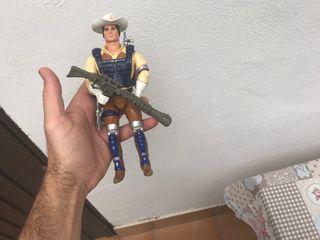 Muñeco antiguo años 80 bravestarr
