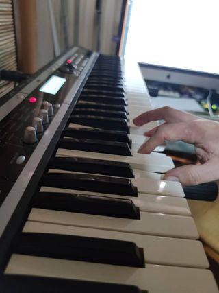 Teclado Sintetizador Korg X50