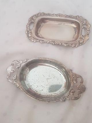 2 bandegitas de plata