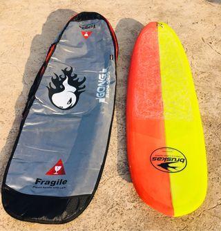 Tabla de surf de Leo Bruskas