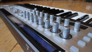 Teclado MIDI Novation 49 SL MkII