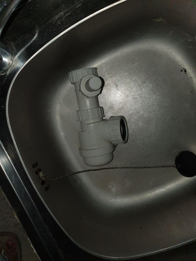 évier avec plaque de cuisson