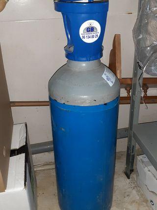 botella de co2 dióxido de carbono