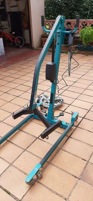 Grua para personas con movilidad reducida