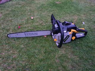 Titan 50cc Petrol Chainsaw