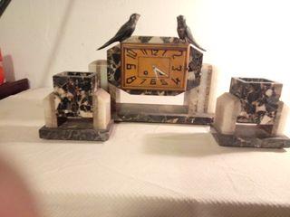 Reloj de marmol Art Deco frances