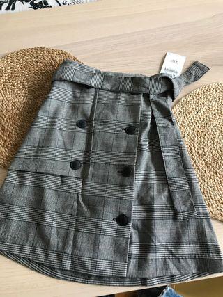 Falda mini cuadros check de Zara