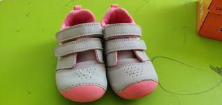 Zapatillas deportivas bebé niña