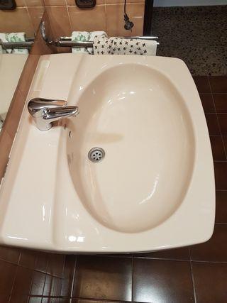 Pica de lavabo y bidé