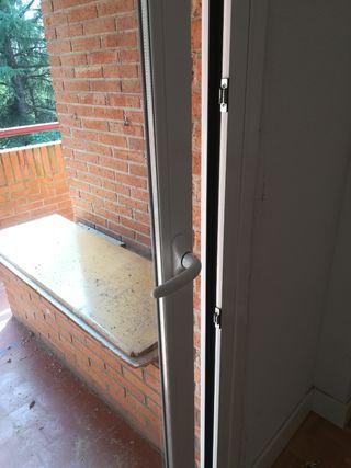 puerta aluminio rotura puente termico