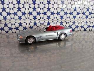 Mercedes SL 500 de guiloy escala 1.24