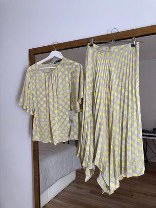 Precioso conjunto top y falda