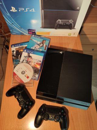 PS4 + 2 MANDOS + 4 JUEGOS