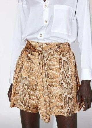29,90€/15€ Falda pantalón ZARA serpiente