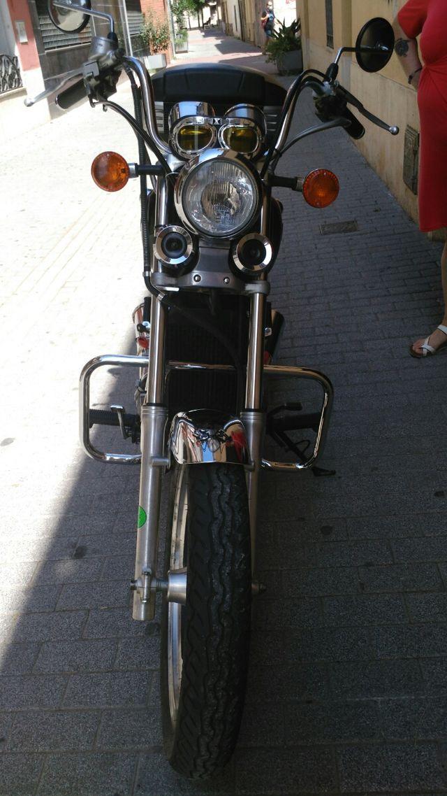moto custom kawasaki vulcan EN 500