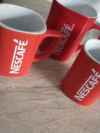 tazas Nescafé.