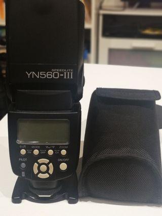 Flash Youngnuo YN560-III speedlite