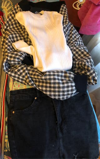 Falda camiseta y chaqueta