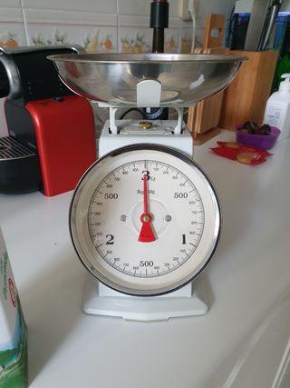 bascula de cocina Blanca Vintage