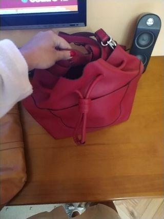 bolso rojo bombonera de zara mano hombro