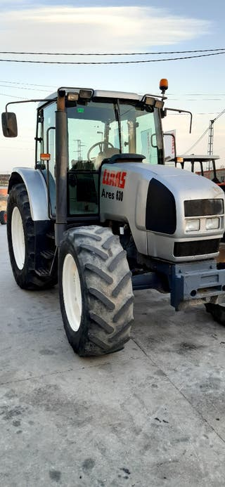 tractor Renault Ares 630