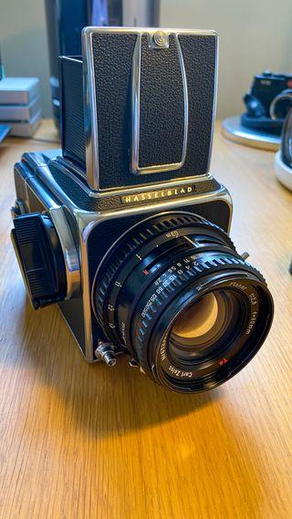 Camara Hasselblad 500C/M + objetivo 80mm