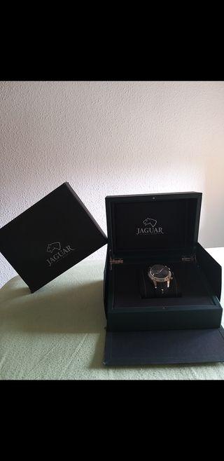 Reloj Jaguar j657