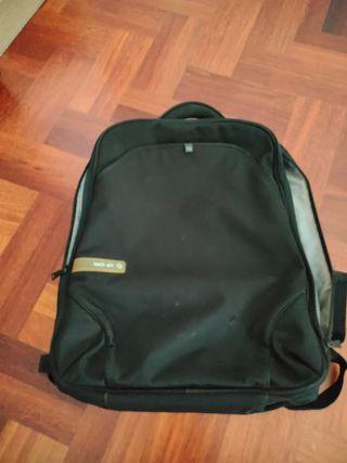 mochila tech Air para ordenador