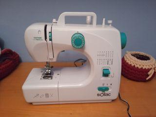 Máquina de coser solac de segunda mano por 70 € en Avilés