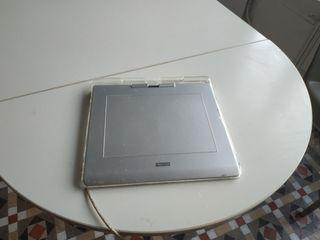 Tableta gráfica Wacom gris