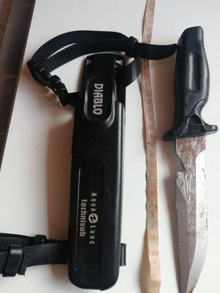 Cuchillo ScubaPro buceo