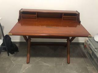 """Escritorio y silla estilo """"barco"""" madera."""