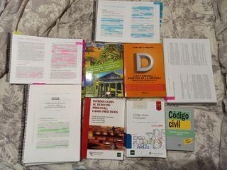 Libros 1° Derecho UNED