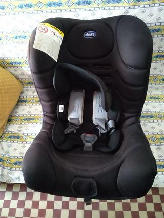 Asiento de bebé para el coche