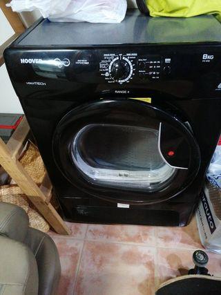 secadora negra 8kg