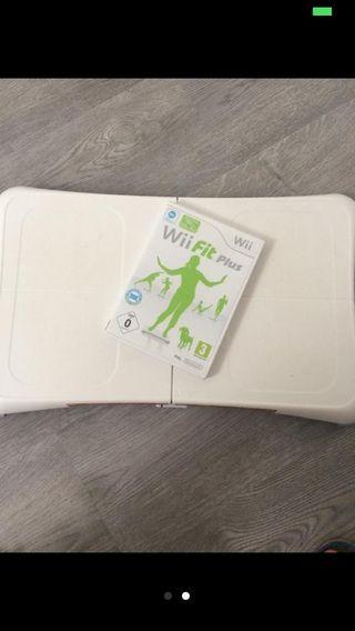 Tabla Wii fit Plus y juego