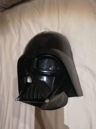 Máscara Darth Vader con MODULADOR DE VOZ