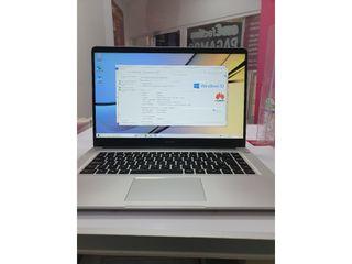 Huawei Matebook D I3-7020U CPU 2.30GHz 8gb Ram 1tb