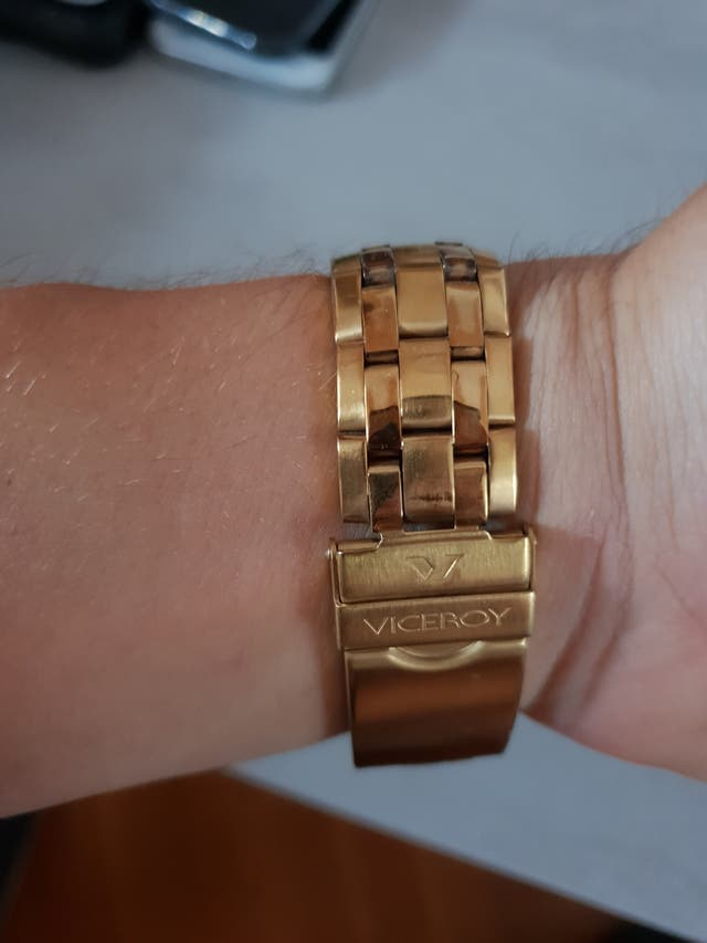 Reloj Viceroy chapado en oro de 24 kilates