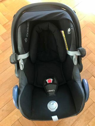 Maxi-Cosi. Silla para bebé.